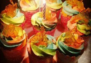rainbow cup cake 1